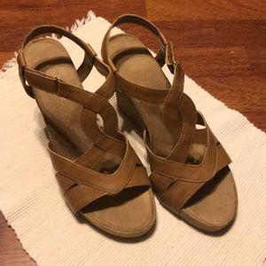 Aerosoles wedge sandals, Size 8.5.